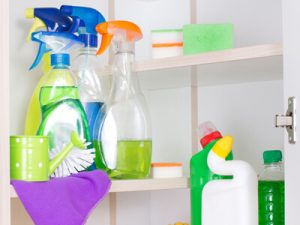 4 Key Insights for Evaluating Your Household Cleaner Packaging Options