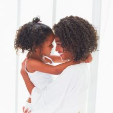 Packaging Moms Love: 5 Ways Your Brand can Resonate with Mothers